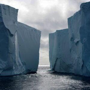 antartica ice glacier