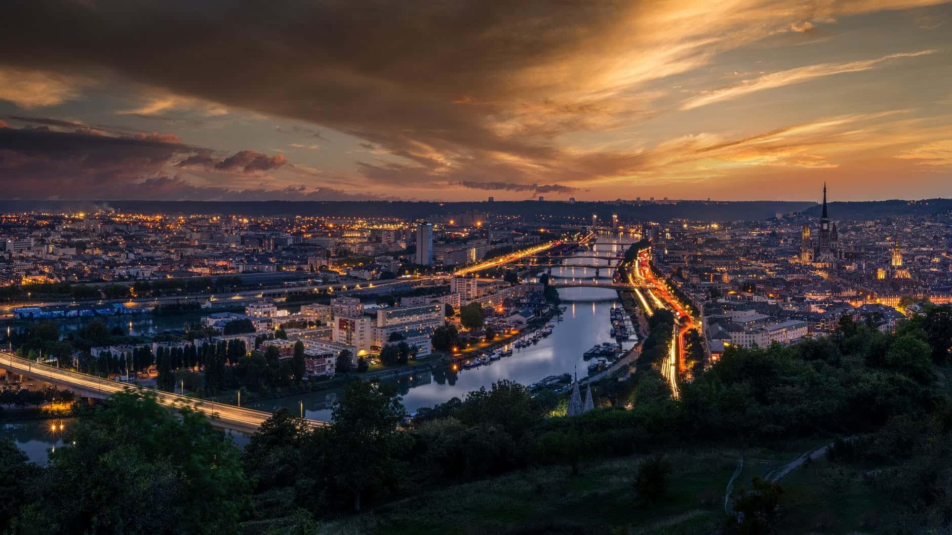 France skyline